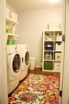 Looking to redecorate the laundry room!! Love this!