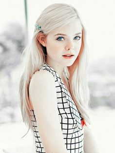 Read Elle Fanning from the story Female Face Claims by (Noni Copeland) with 91 reads. Name: Elle Fanning Pretty People, Beautiful People, Most Beautiful, Beautiful Red Hair, Dakota Et Elle Fanning, Fotografie Portraits, Poses References, Bleach Blonde, Blonde Hair