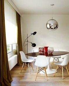 Conjunto Mesa e Cadeiras EIFFEL Saarinen - Branca - 110 cm
