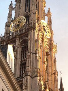De grote kerk in Antwerpen overdags. hier was ik tijdens de markt 2 jaar geleden ( ook wat je bij de vorige pin zag )