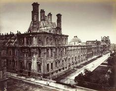 Alphonse Liébert (1827-1914) - Palais des Tuileries incendié, pavillon de Marsan et façades côté jardins. 1871.