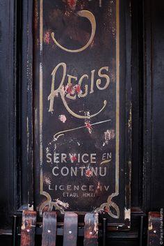 Café Saint Régis on Île Saint Louis   Flickr - Photo Sharing!