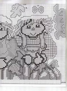 Raggedy ann and andy wallhanging Fall Patterns, Halloween Patterns, Craft Patterns, Plastic Canvas Stitches, Plastic Canvas Patterns, Plastic Canvas Christmas, Plastic Canvas Crafts, Yarn Crafts, Felt Crafts