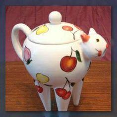Fruity cat teapot