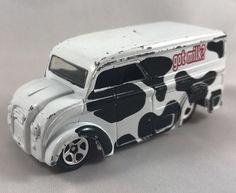 Hot Wheels Dairy Delivery Got Milk White 1999 Vintage Diecast #HotWheels