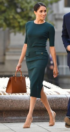 Looks de moda: el estilo de Meghan Markle - Mode - Office Fashion, Work Fashion, Fashion Advice, Fashion Moda, Dress Fashion, Fall Fashion, Fasion, Fashion Trends, Fashion 101