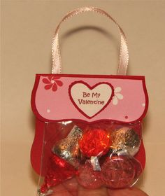 Valentines purse just for girls. Kristen and I will be making these this year for her class...TOO CUTE!!!