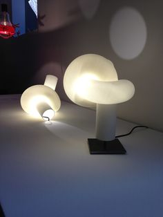 The 2013 ICFF in NYC. New beautiful lamp from Ingo Maurer i 3D print.  From his showroom in NYC May 2013