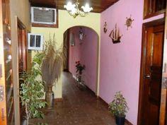 Entrada viviendo Vinales, Cuba, Home Decor, Bus Station, Entryway, Gardens, Decoration Home, Room Decor, Home Interior Design