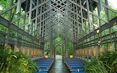 Thorncrown Chapel in Arkansas, USA built in 1980. Design by architect E. Fay Jones, apprentice to Frank Lloyd Wright.