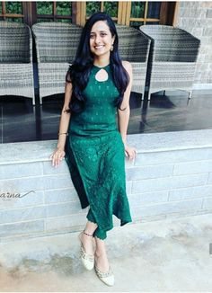 Salwar Designs, Silk Kurti Designs, Kurta Designs Women, Kurti Designs Party Wear, Latest Kurta Designs, Latest Kurti, Cotton Kurtis Designs, Long Kurta Designs, Kurti Back Neck Designs