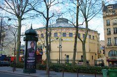 Paris Cirque d'Hiver boulevard du Temple colonne Morris