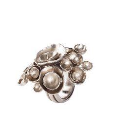 YSL arty flower ring