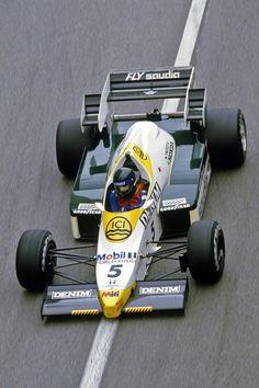 1984 Jacques Laffite, Williams Grand Prix Engineering Team, Williams FW09 - Honda