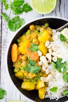 Chickpea Curry with Potatoes | Full of flavor and spice, serve this dish with Mahatma Jasmine Rice for a delicious dinner meal.