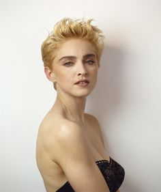 http://www.madonnarama.com/artworks/posts/20110504-picture-madonna-herb-ritts-tatler-1987.jpg