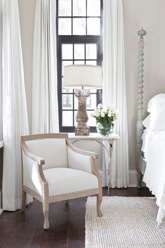 in the right light everything is extraordinary Romantic Room, Traditional Bedroom, Luxury Interior, Interior Design Inspiration, Interior Decorating, Decorating Ideas, Decor Ideas, Sweet Home, Bedroom Decor