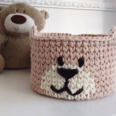 BOM DIA {inspiração} para essa sexta-feira linda #cestos #basket #cestosorganizadores #handmade #fiodemalha #crochê #crochet #crochetlover #detalhes #details #feitoamao #feitocomamor #deco #decoracaoinfantil #detalhes #homedecor #quartodebebe #quartodemenino #decor #tendência #artesanal #criativo #bomdia #morning #inspiração From @katrin_basket
