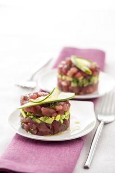 Tartare di tonno e avocado: Scopri come preparare questa deliziosa ricetta. Facile, gustosa e adatta ad ogni occasione. Questo secondo ha un tempo di preparazione di 10 minuti.