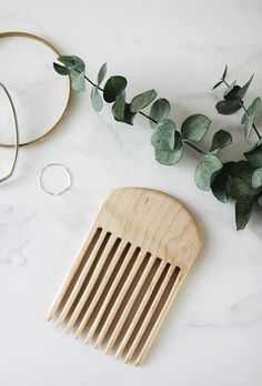 DIY Wooden Comb @themerrythought