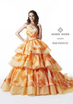Strapless Dress Formal, Formal Dresses, Wedding Dresses, Hardy Amies, Disney Princess Dresses, Modern Fashion, Dress Brands, Pretty Dresses, Ball Gowns