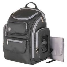 Jeep Daddy friendly diaper bag that has easy access to wipes