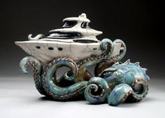 Grafton Pottery octopus