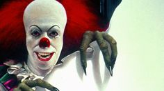 This year we will be receiving a new adaptation of Stephen King's It, which is regarded as one of the most esteemed horror novels ever made, from director Andrés Muschietti along with actor Bill Skarsgård playing the infamously terrifying clown Pennywise. Gruseliger Clown, Creepy Clown, Scary Halloween, Clown Pics, Halloween Ideas, Halloween Party, Clown Images, Clown Horror, Creepy Pics