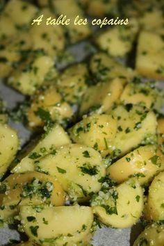 Pomme de terre à l'ail et au parmesan - A table les copains