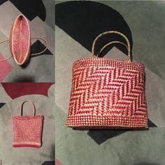 Kete whakairo: rau kumara. Love this pattern. #ketewhakairo #raranga #raukumara #harakeke #weaving #handmade #hetetschoolofmaoriart #basketry #kete Flax Weaving, Weaving Textiles, Weaving Patterns, Basket Weaving, Maori Designs, Maori Art, Art Carved, Bone Carving, Bag Accessories