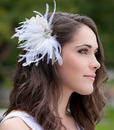 Josia Feather Fascinator - Ivory and white hair accessory. www.serephine.com #serephinebridal