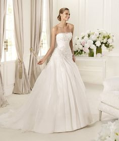 Simple A-line Strapless Beading Hand Made Flowers Sweep/Brush Train Organza Wedding Dresses : Wedding Dresses, Bridesmaid Dresses, Gowns Online Shop, | Aisle Style UK