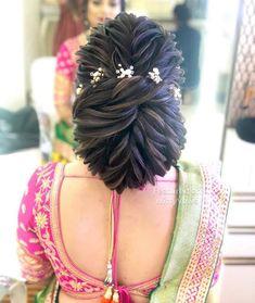 Gorgeous Bridal Bun Hairstyles for Every Length - Kurti Blouse Bridal Hairstyle Indian Wedding, Bridal Hair Buns, Bridal Hairdo, Hairdo Wedding, Long Hair Wedding Styles, Indian Bridal Hairstyles, Wedding Hair Down, Bride Hairstyles, Long Hair Styles
