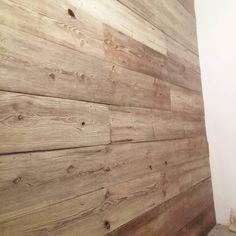 """Polubienia: 2, komentarze: 1 – Piotr Kulik (@polaki77_workshop) na Instagramie: """"Jeszcze drobna kosmetyka i ściana gotowa.#oldwood #salvage #brokante #patina #woodenwall #vintage…"""""""