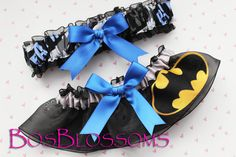 wedding and nerd crossover: if i ever get married i'm TOTALLY getting these garters