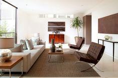 ikonische designerstühle modell barcelona im wohnzimmer