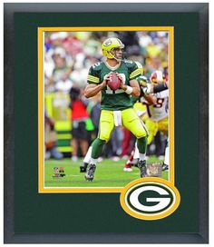"""Aaron Rodgers 2013 Green Bay Packers - 11"""" x 14"""" Matted and Framed Photo"""