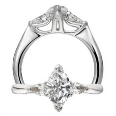 Pear- and marquise-shaped diamonds in a platinum setting from Ritani.