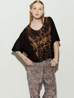 My cousin!   Margarita Saplala Splat Top - Black with Bronze