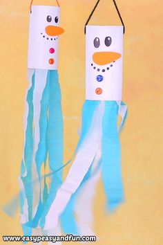 We are taking recycled toilet paper roll crafts to a whole new level with this a. - kids' crafts - We are taking recycled toilet paper roll crafts to a whole new level with this amazing Snowman Wind - Kids Crafts, Easy Christmas Crafts, Christmas Crafts For Kids, Arts And Crafts, Craft Projects, Kids Diy, Summer Crafts, Clay Crafts, Winter Crafts For Preschoolers