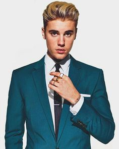 "Justin Bieber's March 2016 GQ cover shoot: the ""Sorry"" singer dons suits and ties for a sharply tailored office look Justin Bieber Fotos, Mode Justin Bieber, Justin Bieber Pictures, I Love Justin Bieber, Justin Bieber Fashion, Justin Bieber Photoshoot, Justin Photos, Dani Russo, Christen"