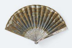 Batik fan with 15 figures, simply beautiful ca. 1907