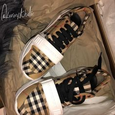 Quality size Box may arrive damage due to international shipping Other Accessories, Comfortable Shoes, Designer Shoes, Burberry, Berries, Shoes Heels, Luxury, My Style, Sneakers