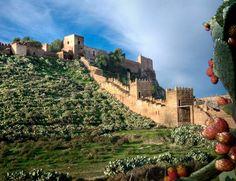Alcazaba y sus murallas, Almería, España.