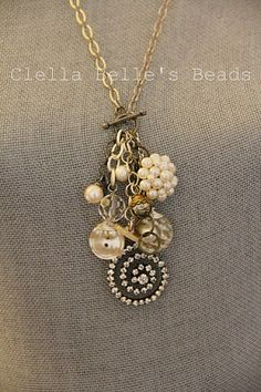 Vintage Jewelry Necklace w/drops from closure Old Jewelry, Wire Jewelry, Jewelry Crafts, Jewelry Art, Beaded Jewelry, Jewelery, Vintage Jewelry, Jewelry Accessories, Jewelry Necklaces