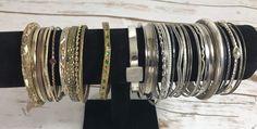 Vintage Metal Bangle Lot  30 Bracelets Jewelry Gold Silver Tone L2