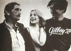 """Harry Dean Stanton, Nastassja Kinski & Wim Wenders during the filming of """"Paris, Texas""""(1984)"""