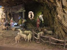 Christmas Nativity Scene, Christmas Villages, Christmas Tree Decorations, Nativity Scenes, Beautiful Christmas, Simple Christmas, Christmas Diy, Christmas Ornaments, Chimney Decor