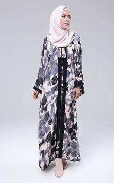 Zaenab Abaya
