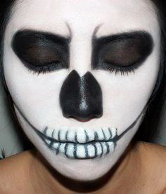 Halloween skeleton makeup tutorial